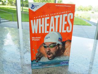 Phelps gets Wheaties Lifetime Achievement box