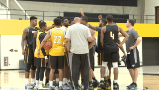Towson hoops to play for hurricane relief