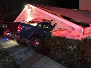 Truck slams into Annapolis building, 2 injured