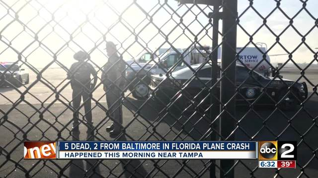 4 killed as twin-engine plane crashes in Florida