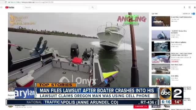 Fishermen dive into water at last minute before speedboat smashes into them