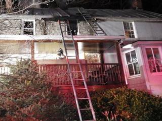 Man hurt in house fire