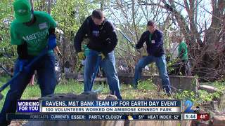 Ravens, M&T Bank team up for Earth Day event