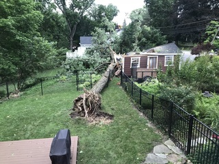 Close calls after sudden storm rips through Md.