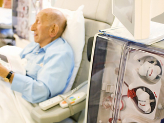 Cognitive issues for elderly dialysis patients