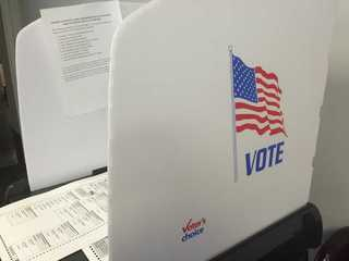 Chances dwindle to register to vote